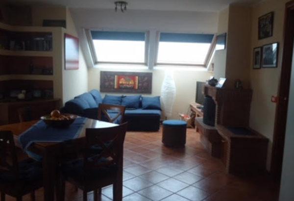 Attico con terrazzo in affitto zona Torrevecchia - Torresina