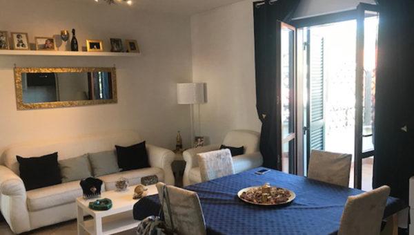 Appartamento 110 mq su due livelli + cantina e box auto